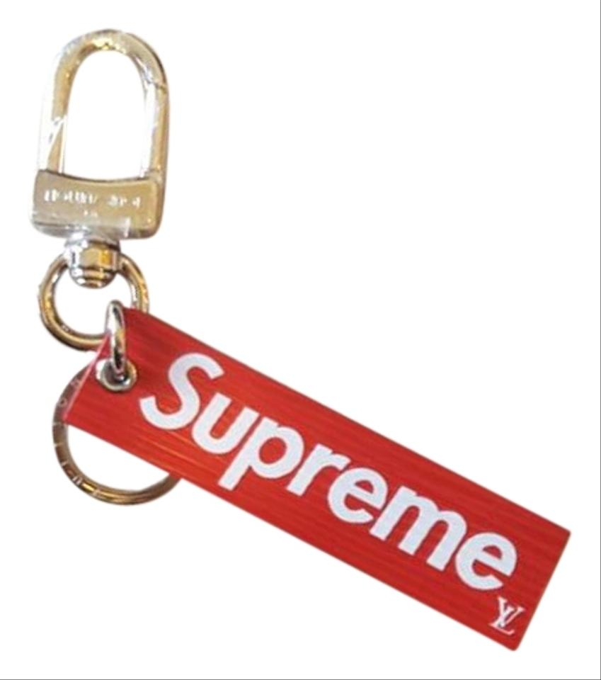 f9fe13d68b32 Louis Vuitton x Supreme lv x supreme box logo Downtown Key Holder   Bag  Charm Image ...