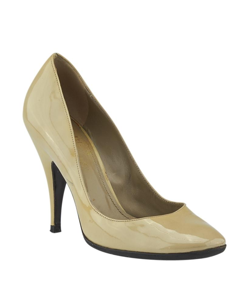 Burberry Pumps Beige Patent Leather (137055) Pumps Burberry 28dd3d
