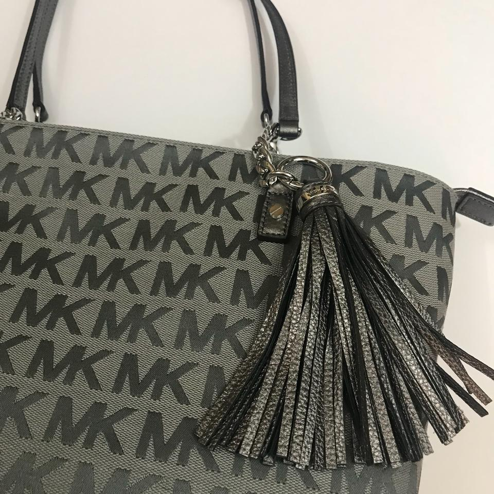 714f5eb1c57 Michael Kors Jet Set Chain Tassel Ew Zip Signature Grey Gun Metal ...