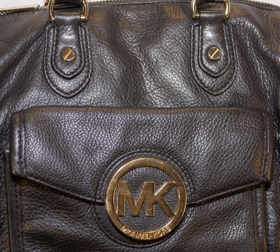f333e84320ae22 Michael Kors Margo Pebbled Leather Hand Satchel in Black Image 8. 123456789