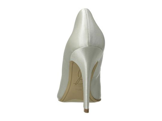 Joan & David White Satin Box New In Crystal Rectangle Jewel Pumps Size US 8.5 Regular (M, B) Image 5