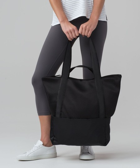Lululemon Black Nylon Hot Mesh With Straps For Yoga Mat