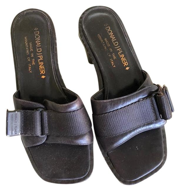 Item - Brown Leather Stiched Velcro Strap Sandals Size US 6.5 Regular (M, B)