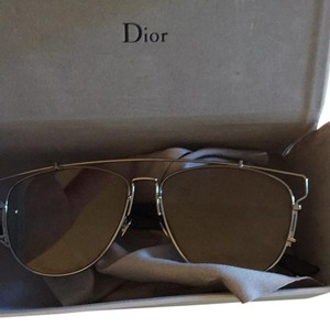 8d6fbdde53b Dior Sunglasses on Sale - Up to 70% off at Tradesy
