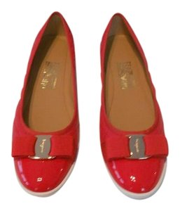Salvatore Ferragamo Quilted Cap Toe Made In Italy Red Flats