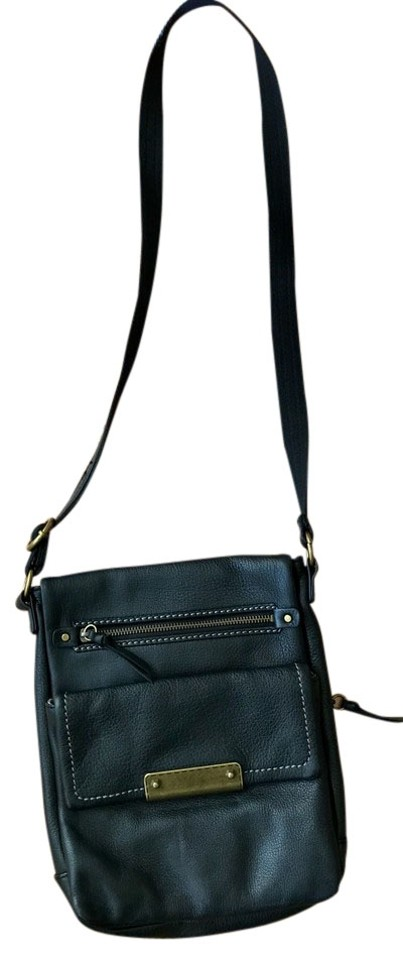 e1d4cd5a619 Clarks Leather Travel Vacation Cross Body Bag Image 0 ...