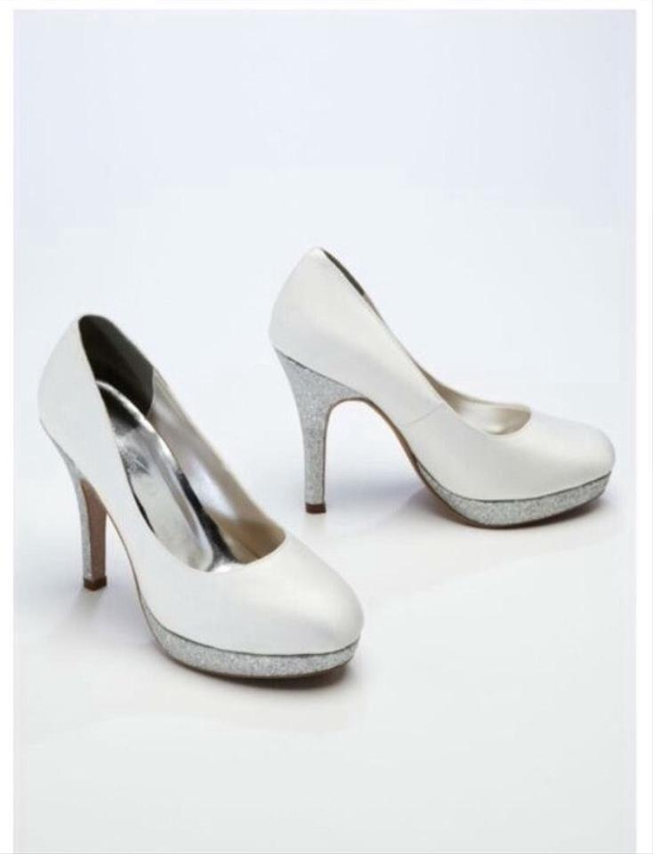 9b93d9ce8ee8dc David's Bridal White Bridesmaid Glitter High Heel Pump: Glitter Glam  Elegant Platforms Size US 8