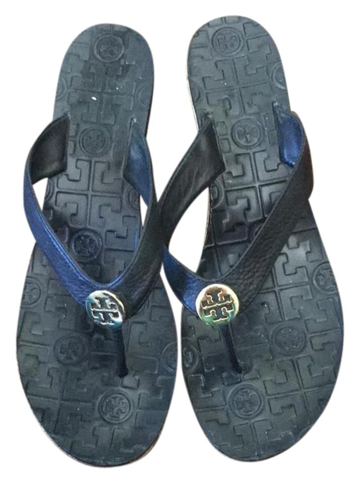 d01478fe1 Tory Burch Black with Gold Tb Symbol Unknown Sandals Size US 9 ...