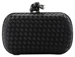 Bottega Veneta Knot Intrecciato Woven Nero black Clutch