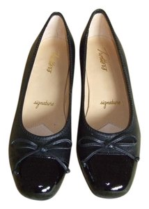 Trotters Leather Black Signature Wedges