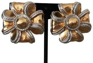 Givenchy Givenchy Paris New York Two Tone Clip On Earrings