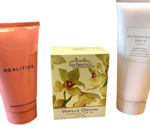 Burberry Brit Ladies Gift Set of Three Body Products