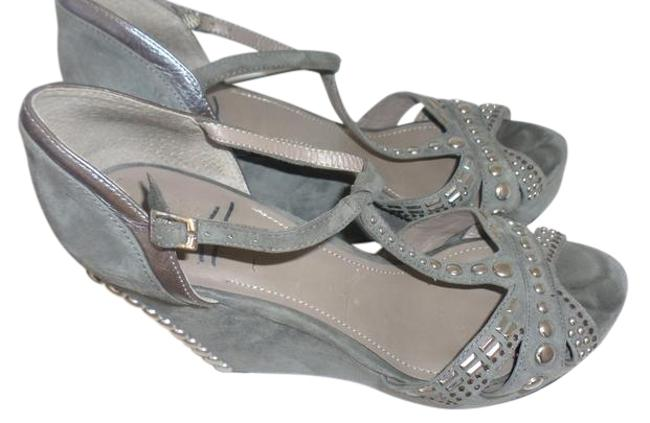 Vince Camuto Grey & Silver Women's Simonas Studded Sandals Wedges Size US 10 Regular (M, B) Vince Camuto Grey & Silver Women's Simonas Studded Sandals Wedges Size US 10 Regular (M, B) Image 1