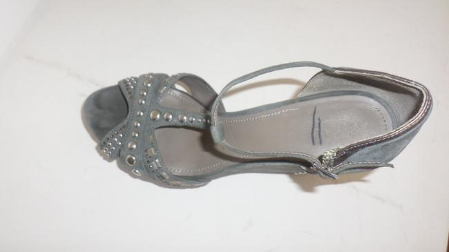Vince Camuto Grey & Silver Women's Simonas Studded Sandals Wedges Size US 10 Regular (M, B) Vince Camuto Grey & Silver Women's Simonas Studded Sandals Wedges Size US 10 Regular (M, B) Image 9