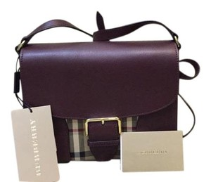 Burberry Code= 16a14b-15 Descr:llsmdickenshnc Color: Cross Body Bag