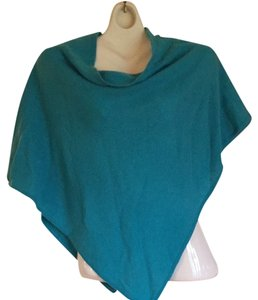 Laundry by Shelli Segal Laundry By Shelli Segal. Cashmere Turquoise Shawl. New