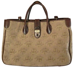 Dooney & Bourke Large Beige Tote in Brown jacquard
