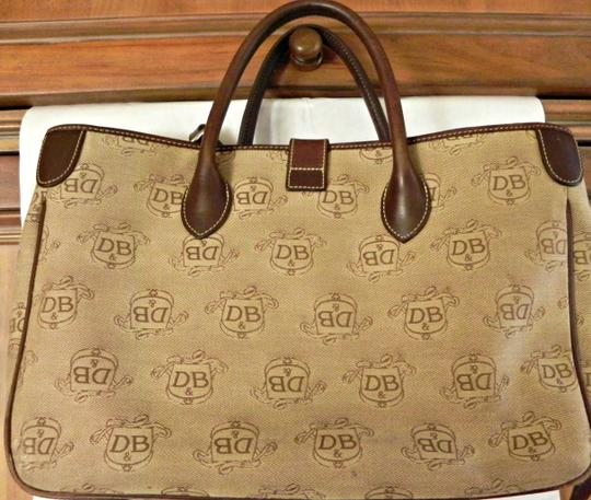 Dooney & Bourke Large Beige And And And Handbag Tote in Brown jacquard