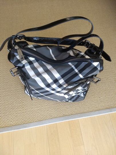 Burberry Checkered Oversized Monogram Logo Patent black and white check Travel Bag Image 5