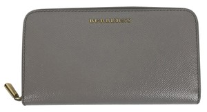 Burberry Burberry Patent London Leather Ziparound Wallet