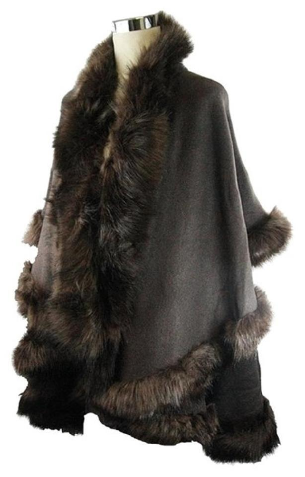 c7a46ef9e Brown Layered Fur Trimmed Half Vest Wrap Poncho/Cape Size OS (one ...