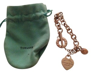 Tiffany & Co. Return To Tiffany Toggle Bracelet With Tiffany Cupcake Charm