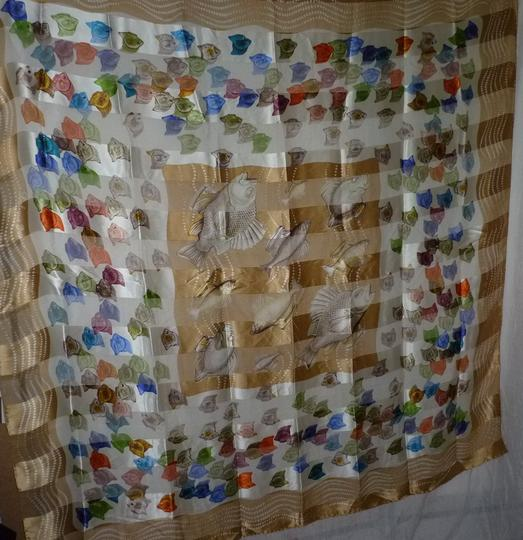 "Lalique LALIQUE MADE IN ITALY COLORFUL FISH HUGE SILK SCARF WRAP 53""x53"""