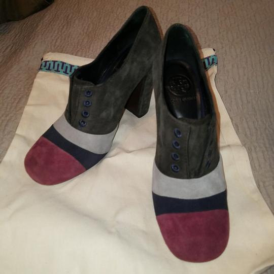 Tory Burch Grey Pumps Image 2