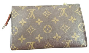 Louis Vuitton Louis Vuitton Monogram Pochette/makeup bag/clutch