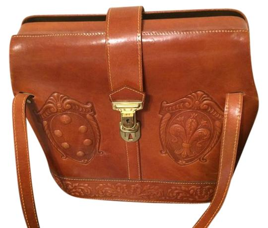 Preload https://img-static.tradesy.com/item/22302251/michael-rome-cognac-nubuck-leather-shoulder-bag-0-3-540-540.jpg