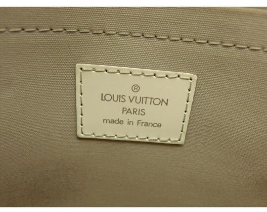 Louis Vuitton Tote in ivory Image 10