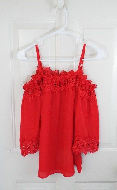 by&by Boho Crepe Eyelet Flowy Cold Shoulder Top coral Image 2