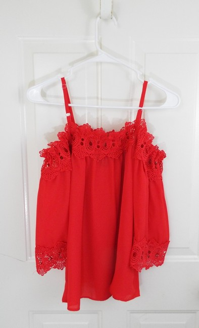 by&by Boho Crepe Eyelet Flowy Cold Shoulder Top coral Image 3