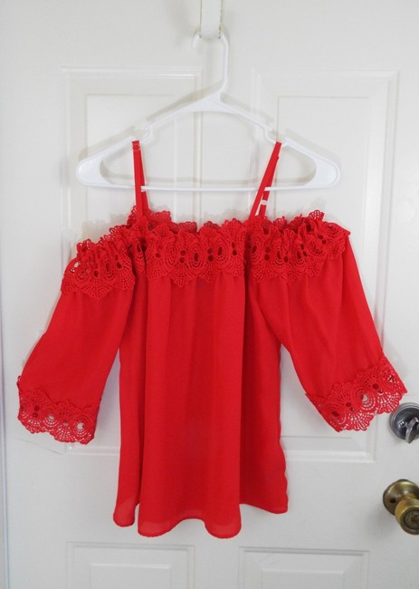 by&by Boho Crepe Eyelet Flowy Cold Shoulder Top coral Image 4