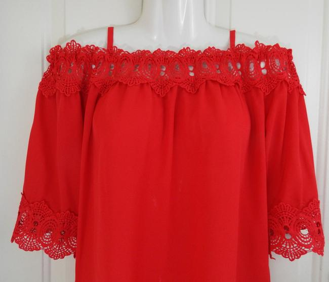 by&by Boho Crepe Eyelet Flowy Cold Shoulder Top coral Image 5