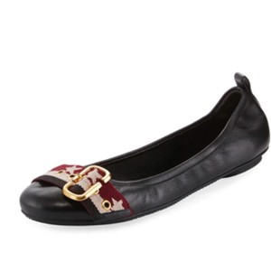 Marc Jacobs black Flats