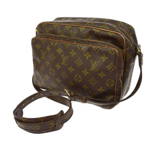 Louis Vuitton Vintagelouisvuitton Louisvuittonbag Vintagedesigner  Vintagemonogram Cross Body Bag 179ee3e67431