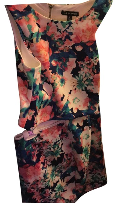Preload https://img-static.tradesy.com/item/22305681/blue-and-pink-two-piece-floral-short-cocktail-dress-size-4-s-0-1-650-650.jpg