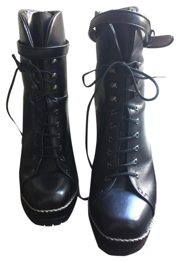 Preload https://img-static.tradesy.com/item/22305833/alaia-black-lace-up-ankle-new-in-box-bootsbooties-size-eu-375-approx-us-75-regular-m-b-0-1-540-540.jpg