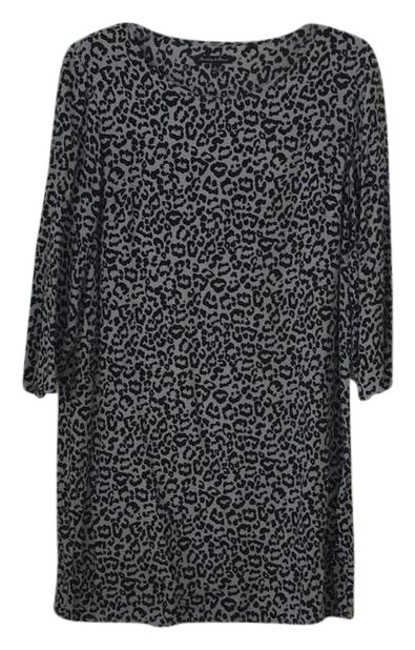 Preload https://img-static.tradesy.com/item/22306214/broadway-and-broome-gray-rn77388-short-casual-dress-size-4-s-0-1-650-650.jpg