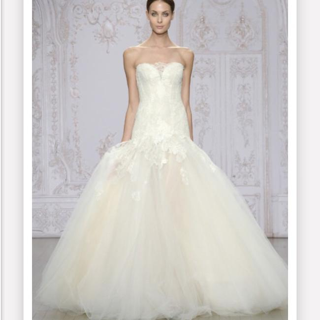 Item - Ivory Extremely Light Tulle with Lace. Very Comfortable Designer Feminine Wedding Dress Size 4 (S)