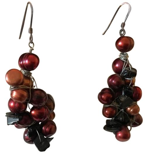Preload https://img-static.tradesy.com/item/22306672/red-and-black-custom-earrings-0-1-540-540.jpg