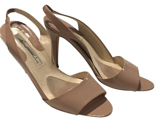 Preload https://img-static.tradesy.com/item/22306685/brian-atwood-camel-vivian-sandalo-vernice-vogue-f-pumps-size-eu-375-approx-us-75-regular-m-b-0-1-540-540.jpg