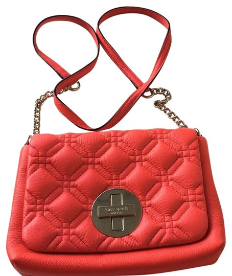 Preload https://img-static.tradesy.com/item/22306947/kate-spade-bright-red-leather-cross-body-bag-0-1-540-540.jpg