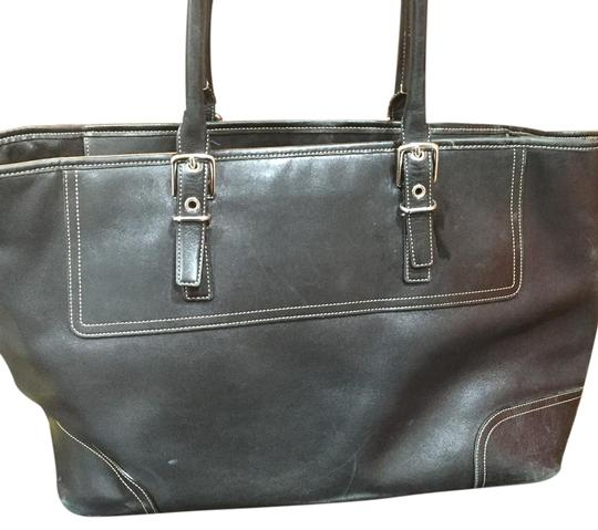 Preload https://img-static.tradesy.com/item/22307135/coach-weekend-leather-tote-0-1-540-540.jpg