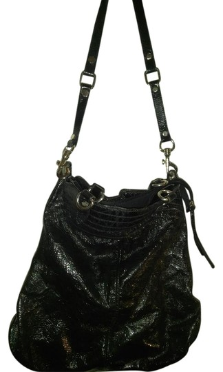 Preload https://img-static.tradesy.com/item/22307443/huge-made-in-italy-shoulder-black-patent-leather-hobo-bag-0-1-540-540.jpg
