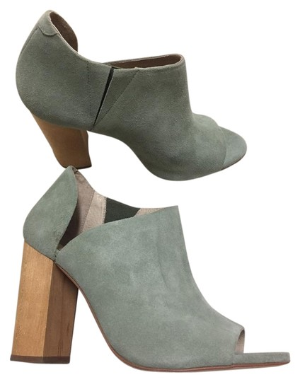 Charlotte Stone Leather Shootie Pump Green Boots