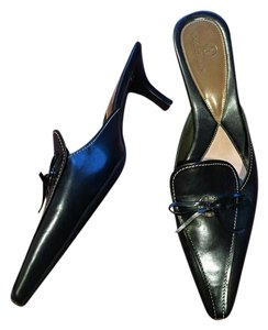 Cole Haan Leather Bow Pump black Mules