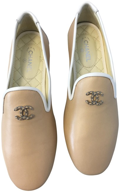 Item - Beige Classic Leather Silver Cc White Trim Slip-on Loafers Moccasin Flats Size EU 37 (Approx. US 7) Regular (M, B)