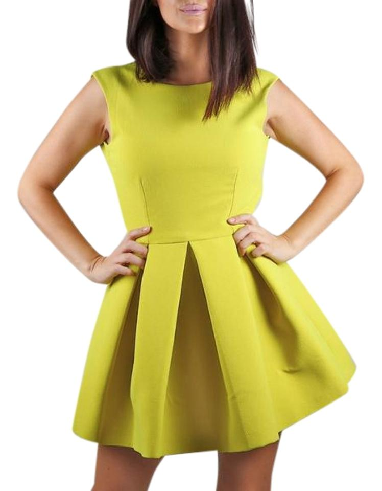 Yellow Lime Pleated Sleeveless Short Cocktail Dress Size 8 (M) b0e0d82eb